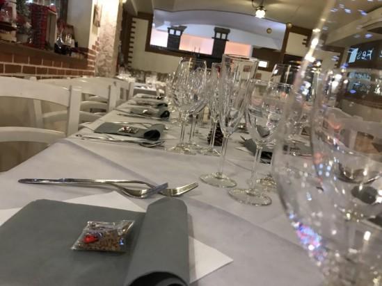 Strick and white by taverna della pizza